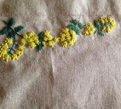 ミモザの刺繍完成です #ミモザ #刺繍