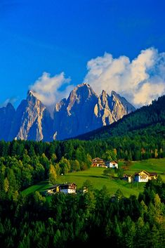San Pietro, Funes Valley, Dolomites, Trentino Alto Adige, Italy www.it/dormire/trentino-alto-adige Beautiful Places In The World, Places Around The World, Oh The Places You'll Go, Travel Around The World, Places To Travel, Places To Visit, Around The Worlds, Sella Ronda, Hotel In Den Bergen