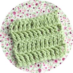 Crochet Corner: STITCH DIRECTORY . Double Treble Crochet (dtr) USA term: Treble Crochet (tr)