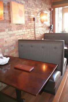 Restaurant Booth Seating | Ashley Cole Design