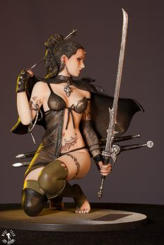 Yamato Touch of Ice - Fantasy Figure Gallery Fantasy Figures, Anime Figures, Action Figures, Fantasy Warrior, Warrior 1, Toy Art, Statues, Concept Art Tutorial, Luis Royo