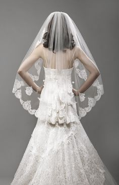 DOWN THE AISLE: It's a love/hate thing! Mantilla Veils