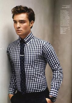 Nicely fitted checkered shirt!