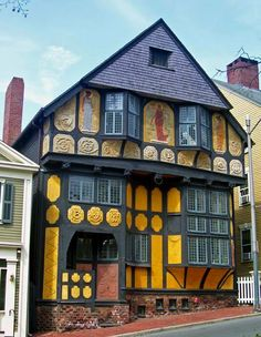 H. P. Lovecraft House, Providence, Rhode Island - NEED to go.