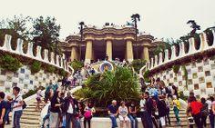 Parc Guell in Barcelona by Antoni Gaudi    Трансфер из Барселоны в Аэропорт  и  Предлагаем услуги экскурсии  трансфер, отдых, #travel