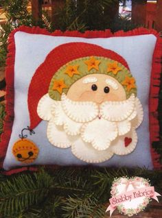 Free motion applique christmas cushion | Kerst | Pinterest | Free Pillows and Free motion embroidery & Free motion applique christmas cushion | Kerst | Pinterest | Free ... pillowsntoast.com