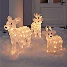 Søte reinsdyr som skaper stemningen hjemme :)