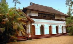 kerala heritage home Kerala Architecture, Tropical Architecture, Colonial Architecture, Architecture Design, Kerala Traditional House, India House, Kerala House Design, Kerala Houses, House Elevation