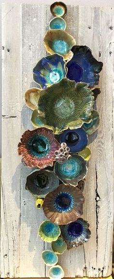 Wall ceramic sculpture depicting corals and barnacles Size: 24 x 10 Reclaimed Wood Wall Art; Underwater Coral Reef Pieces are handmade individually click now for more info. Ceramic Wall Art, Ceramic Clay, Ceramic Pottery, Pottery Art, Earthenware Clay, Ceramic Bowls, Ceramics Projects, Clay Projects, Cerámica Ideas