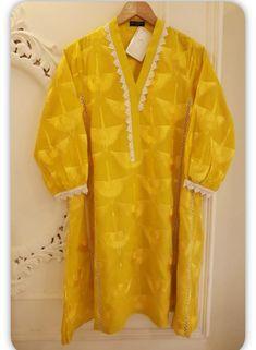 Simple Kurta Designs, Kurta Designs Women, Girls Frock Design, Fancy Dress Design, Beautiful Dress Designs, Stylish Dress Designs, Sleeves Designs For Dresses, Dress Neck Designs, Simple Pakistani Dresses