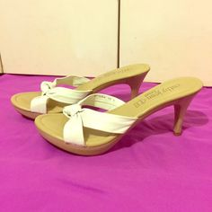 """Cathy White shoes White 3"""" heels, extremely comfortable!  Almost new (only worn a couple times).  Size says 9, but these shoes are not true to size they are more like a size 8 Cathy Jean Shoes Heels"""