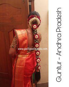 South Indian Wedding Hairstyles, Bridal Hairstyle Indian Wedding, South Indian Bride Hairstyle, Bridal Hair Buns, Indian Hairstyles, Indian Wedding Flowers, Indian Wedding Stage, Flower Garland Wedding, Wedding Henna Designs