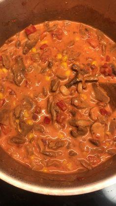 Fiery gyro soup from Miniduza Brian&HamburgerMR Curry Recipes, Egg Recipes, Baby Food Recipes, Vegetarian Recipes, Ground Beef Stroganoff, Meat Appetizers, Appetizer Recipes, Simple Appetizers, Hamburger Meat Recipes