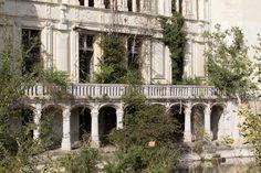 Deserted Places: The abandoned Château de la Mothe-Chandeniers castle in France