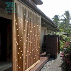 Privacy screen design decks Ideas for 2019 Timber Screens, Privacy Screen Outdoor, Backyard Privacy, Backyard Fences, Garden Fencing, Outdoor Shutters, Outdoor Walls, Cheap Privacy Fence, Privacy Fence Designs