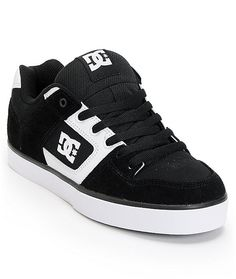 Keep your skate game tight with the DC Pure skate shoe for guys in the black and white. The DC Pure skate shoes feature a grippy wrap cup sole that has the look and durability of a vulcanized shoe, but is lighter. This classic DC Skate shoe also features