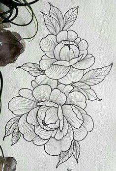 Possible to stitch to light lines using a lighter weight thread then stitch the dark lines with a heavier thread Extreme accuracy would be needed but the result should be exceptional Flower Sketches, Art Sketches, Flower Tattoo Designs, Flower Tattoos, Embroidery Patterns, Hand Embroidery, Embroidery Tattoo, Tattoo Drawings, Art Drawings