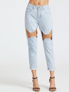 Cropped Zipper Fly. Jeans Decorated with Ring. Regular fit. Low Waist. Trend of Summer-2018. Designed in Blue. Fabric has no stretch.