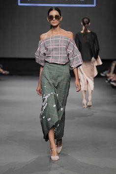 Lima Fashion Week | Johanna Ortiz en LIFWeek OI'15 Runway #Lima #fashion #moda #women #runway #desfile #JohannaOrtiz #lifweek #LIFWeek #limafashionweek | LIFweek OI'15