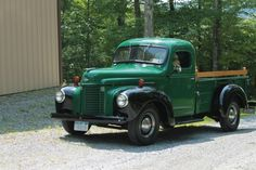 1946 international pick up truck Farm Trucks, Cool Trucks, International Harvester Truck, Springfield Ohio, Classic Pickup Trucks, Old Farm, Vintage Trucks, Ih, Rat Rods