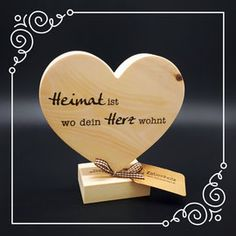 Pine wood hearts on base, size: an ideal gift! Pine wood hearts on base, size: an ideal gift!