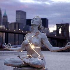 세계에서 가장 놀라운 조각상들 (사진)
