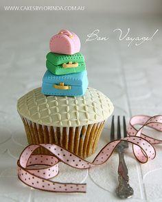 Bon Voyage Cupcake
