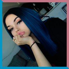 Hair Color Purple, Hair Dye Colors, Cool Hair Color, Dark Blue Hair Dye, Hair Black Blue, Blue Bob, Indigo Hair Color, Black To Blue Ombre, Short Blue Hair