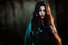 Image discovered by Salwa Saeed. Find images and videos about hair and fantasy on We Heart It - the app to get lost in what you love. Fantasy Photography, Portrait Photography, Story Inspiration, Character Inspiration, Looks Party, Foto Art, Persephone, Dark Beauty, Belle Photo