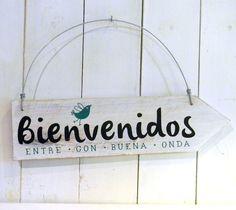 Cartel vintage flecha | Bienvenidos pajarito - comprar online Pallet House, Cool Fonts, Ideas Para, Wood Projects, Decoupage, Diy And Crafts, Sweet Home, Room Decor, House Design