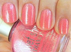 Viva Polish!: Shimmery Pinks - Gold Fleck Fuschia and Sublime Strawberry