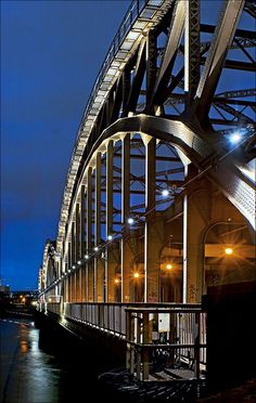 Bridge accross the Elbe river in Hamburg at night, Germany