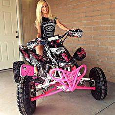Honda dang I want this quad! Dirt Bike Girl, Biker Chick, Biker Girl, Girl Motorcycle, Motorcycle Quotes, Motocross Maschinen, Happy Hour, Pin Up Girls, Hot Girls