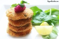 #Salmon #Cakes (with a side of #beetroot #sauce)