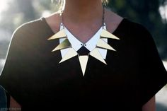 Two at a time! Collares super puestos.