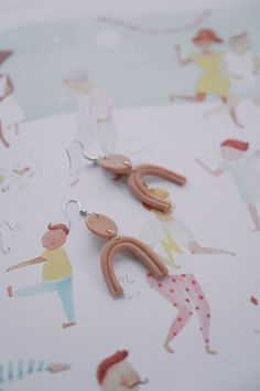 Ear Confetti Passion Project, Confetti, Appreciation, Place Card Holders, Ear, Colours, Shapes, Projects, Handmade