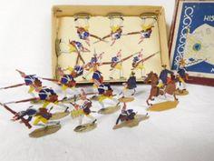 Historische-Zinnfiguren-Flachfiguren-Preuss-Musketiere-im-Sturm-OKT-293