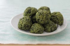 Easy Cheesy Kale Bites Recipe for kids l yummytoddlerfood.com