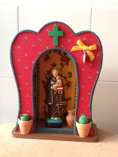 oratórios artesanais - Pesquisa Google Santa Miriam, Religious Art, Religious Images, Decoupage, Diy Angels, Art Projects, Projects To Try, Diy And Crafts, Arts And Crafts