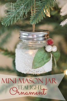 Sue - Mini mason jar tea light ornament -made with salt to look like snow. Try with a baby foor jar (paint the lid) and roll in epsom salts instead. Mini Mason Jars, Christmas Mason Jars, Mason Jar Crafts, Diy Christmas Ornaments, How To Make Ornaments, Homemade Christmas, Christmas Projects, Holiday Crafts, Christmas Holidays