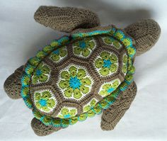 Ravelry: satijnvlinder's Atuin the African Flower Turtle