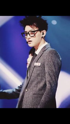 Am I the only one that thinks Tao makes the perfect nerd