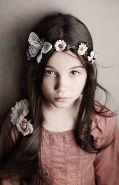 Lisa Visser Fine Art Photography - Children's portrait photographer in West Sussex