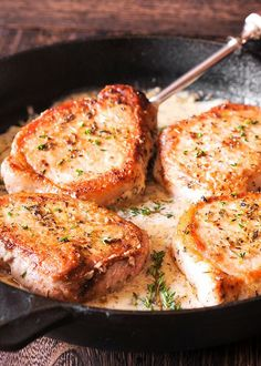 This is a Keto friendly version of the Creamy Pork Chop Recipe with only 7 grams carbs per serving. Pork Chops are dredged in Almond flour and creamy sauce is thickened with either Xanthan gum or Parmesan cheese. Creamy White Wine Sauce, Creamy Garlic Sauce, White Sauce, Pork Recipes, Cooking Recipes, Healthy Recipes, Easy Pork Chop Recipes, Spinach Recipes, Recipies