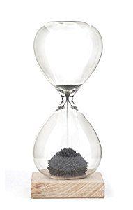 Amazon.com: Kikkerland Magnetic Hourglass: Home & Kitchen
