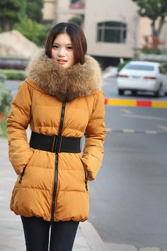 A Gift For Christmas.Free Shipping Stylish Women Raccoon Fur Coat Ultralarge Luxury Clothing Winter 2012 Cheap,Long And Short Lady Down Parkas Red/Black/Brown/Beige/Orange.Sale:$332.97.Fabric: high-grade T30O nylon fabric extremely high density fabric.In material: high-grade polyester taffeta down jacket in the special material, the quality outstanding.Fill: gb standard 80% white duck down, 20% of white duck feathers.You will like it.