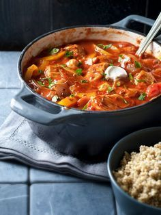 Crock Pot Slow Cooker, Crockpot, Beef Casserole, Pasta Recipes, Stew, Curry, Good Food, Food And Drink, Lunch