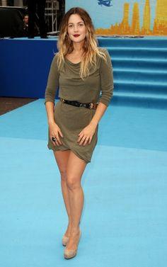 effortless chic - love Drew Barrymore