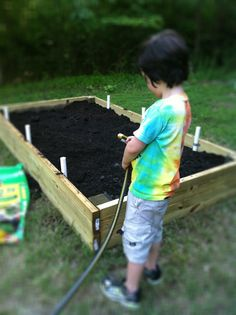{Awesome tutorial - I need to do this} How to Build a Raised Garden Bed from @Paula - bell'alimento