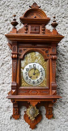REWELACYJNY LENZKIRCH - w orzechowej skrzyni (6878141725) - Allegro.pl - Więcej niż aukcje. Gold Wall Clock, Antique Wall Clocks, Wall Clock Wooden, Wall Clock Design, Classic Clocks, Retro Clock, Wall Clock Online, Cool Clocks, Grandfather Clock